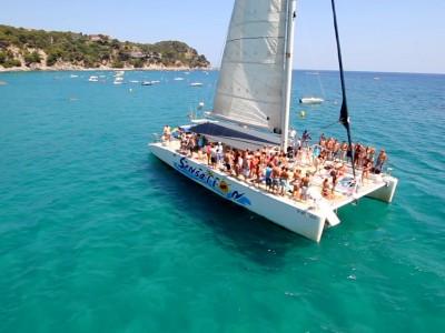 Croisière en catamaran avec BBQ